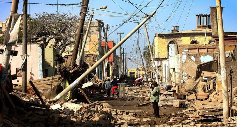 Calles de Pisco - Terremoto de Pisco 15 de Agosto 2007