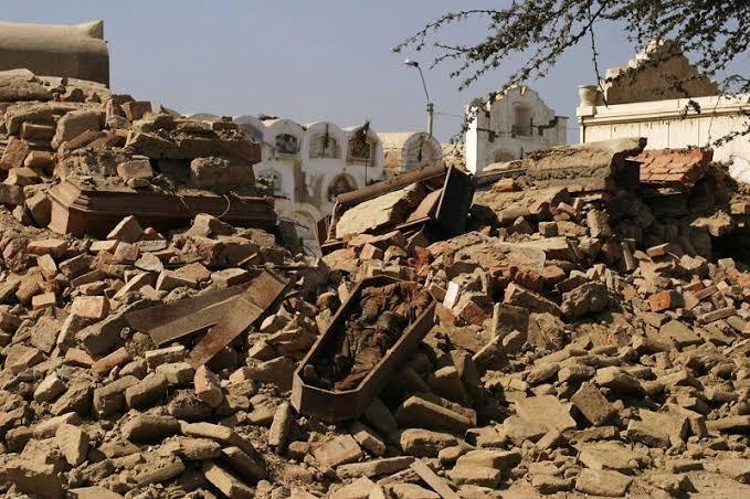 Destruccion Cementerio General de Pisco Terremoto 2007