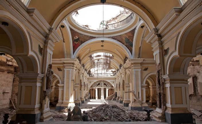 Escombro de la Iglesia de Luren de Ica - Terremoto de Pisco 15 de Agosto 2007